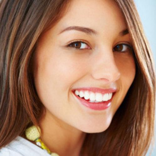 Umiejętnie stosowane olejki nie obciążają włosów