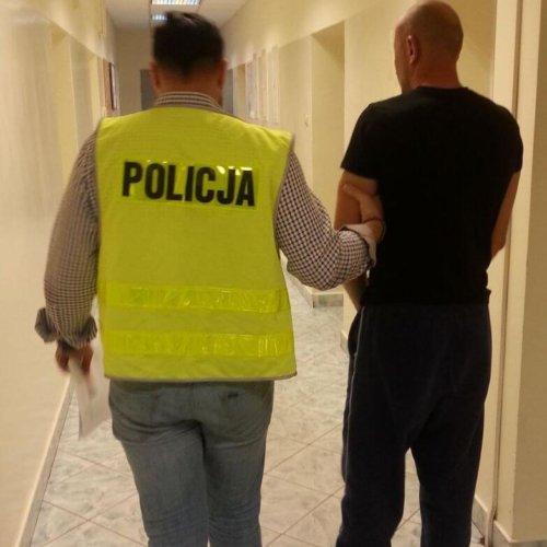 CHULIGAN W RĘKACH ŁÓDZKICH POLICJANTÓW
