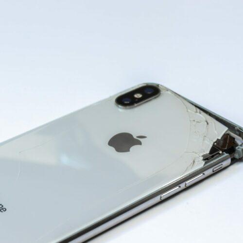 8 typowych usterek iPhone'a i jak je naprawić