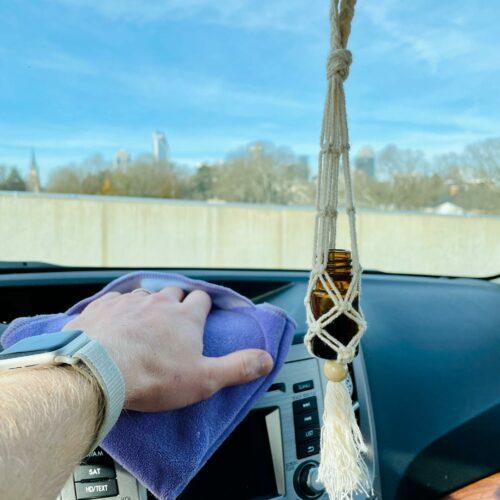 Metody pielęgnacji wnętrza samochodu